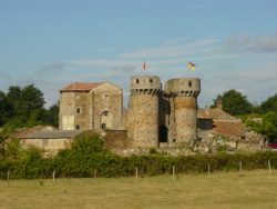 Château sanzay 1